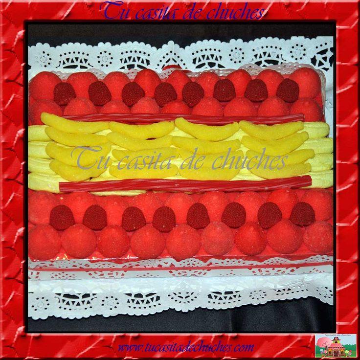 Tarta de chuches bandera de España