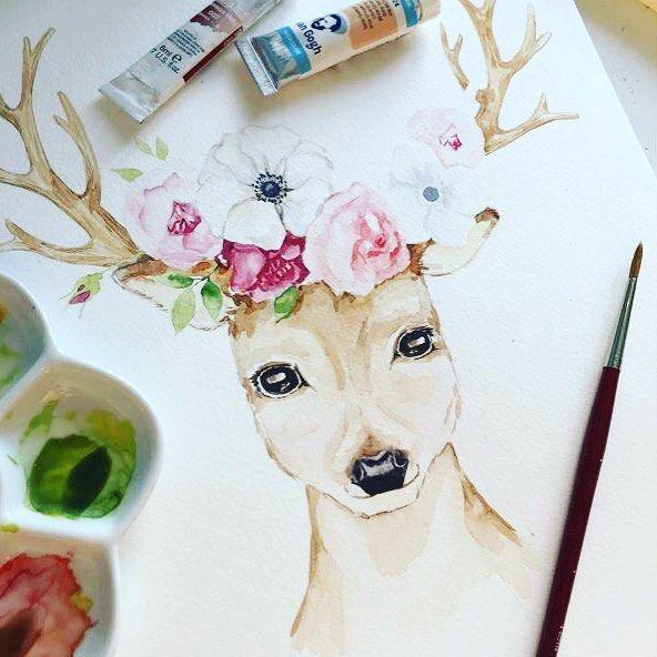 Мастер-класс по рисунку рождественских иллюстраций для открыток с Наталией Суминой @lunata 5 Декабря | Суббота | 12.00  18.00  Рисуем композиции из цветов акварелью.  На мастер классе мы: - Рассмотрим создание композиции из цветов - Научимся работать с реферансами - Изучим приемы стилизации и подбора единой палитры для иллюстрации  В финале нарисуем свои рождественские иллюстрации и обсудим варианты использования полученных навыков в рабочих и личных целях.  Стоимость участия: 3500Р. Запись…