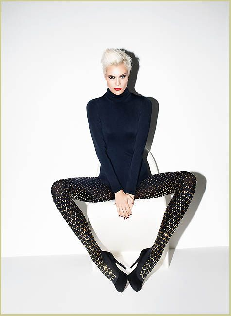Wolford * A Wolford limited edition perfect for these holidays: Jewellery Tights