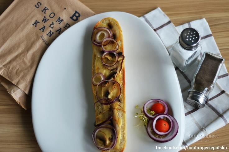 Klasyczna– ser, pieczarki, cebula. 6 zł