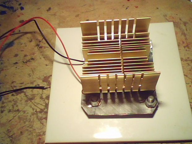 Thermoelectric generator (Heat to Electrical power) instructions