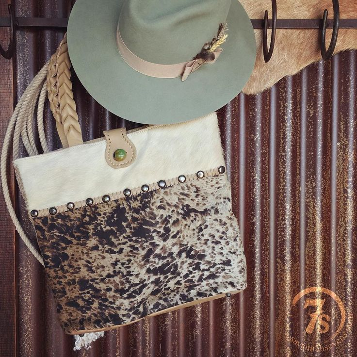 The Grand Rapids handbag and The Marina Del Rey hat were sure meant to be friends!  #cowhide #turquoise #thatlid #customdesign #savannah7s