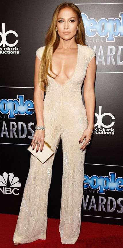 Look of the Day - December 19, 2014 - Jennifer Lopez in Naeem Khan from #InStyle