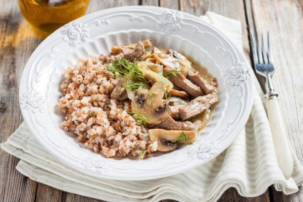 Бефстроганов из говядины с грибами, ссылка на рецепт - https://recase.org/befstroganov-iz-govyadiny-s-gribami/  #Мясо #блюдо #кухня #пища #рецепты #кулинария #еда #блюда #food #cook