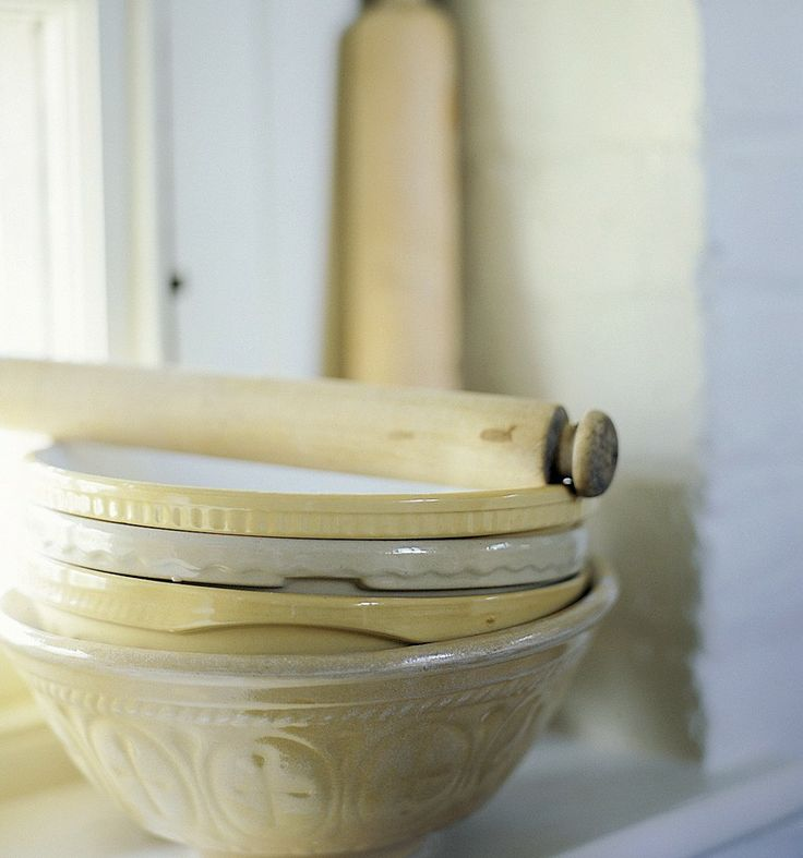 traditional mixing bowls - kitchen