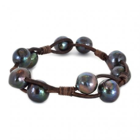 Leather and Black Pearl Bracelet: Leather And Pearls Jewelry, Pearl Jewerly Ideas, Pearl Bracelets, Pearls Leather, Pearls And Leather Jewelry, Leather And Pearl Jewelry, Black Pearls, Pearl And Leather Jewelry, Leather Pearls
