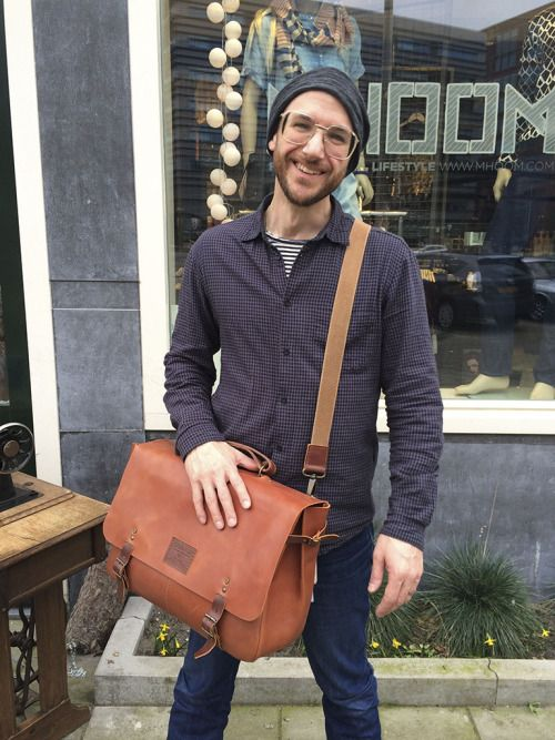 "(ENG) - Located in Amsterdam, MHOOM is our latest stockist in the Netherlands. In an industrial look space you can find a careful selection of international independent brands, all having in common the excellent design and the fact that they are produced ethically, respecting people and the environment. In addition to clothing, accessories and Ideal & Co's bags, Mhoom also has a hairdressing salon, being the perfect place to get a ""beautiful hair and beautiful products."" We interviewed the…"