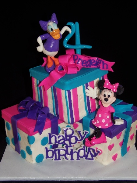 Minnie Mouse and Daisy Duck Birthday Cake-GoochieGourmet ...