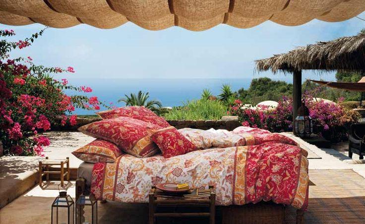 Traumhafte Bettwäsche, Kissen, Decken und mehr von Bassetti. Love it.