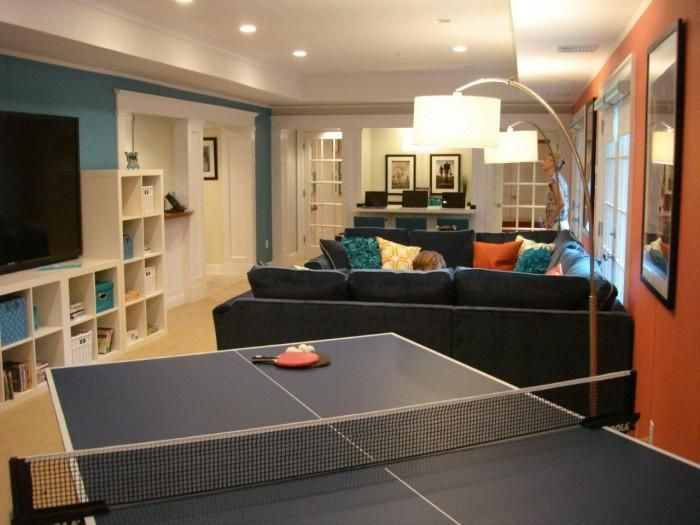 game room idea, i like the wall colors and the shelving