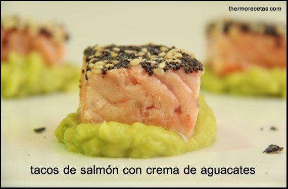 Tacos de salmón con crema de aguacate - http://www.thermorecetas.com/2013/08/08/tacos-de-salmon-con-crema-de-aguacate/