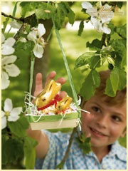 Create an 'Easter Traditions' Pinterest board & share it with Lindt Chocolate for a chance to win an Easter gift basket & $25 gift card to Michaels! If the contest receives over 1,000 entries, Lindt will donate $10,000 to Autism speaks. Help us give the gift of hope! http://on.fb.me/XufIWr