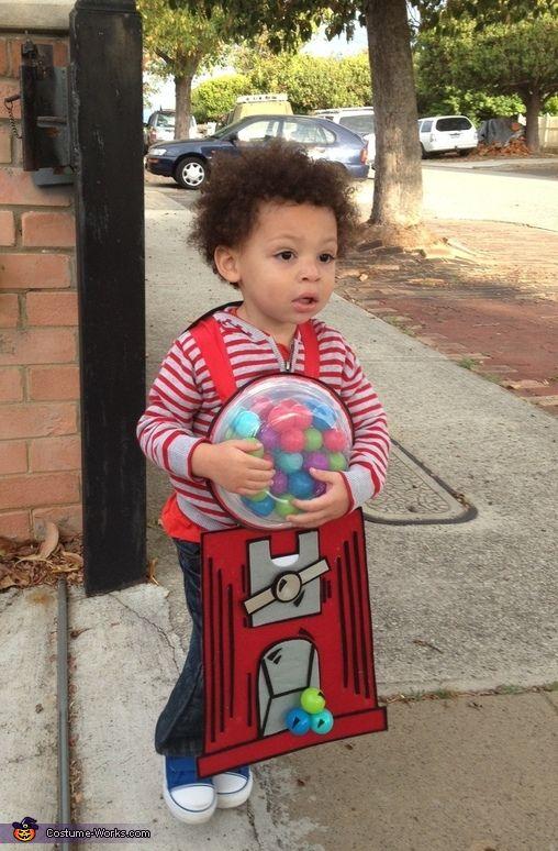 Phoenix Beanix's Bubblicious Gumball Machine - Halloween Costume Contest via @costumeworks