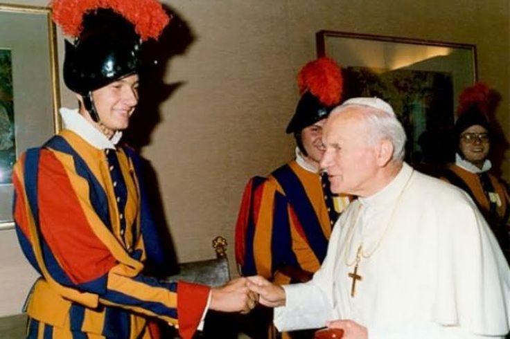 Juan Pablo II y el guardia suizo: 5 lecciones de liderazgo