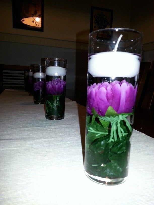 Con un vaso de tubo una flor y una vela de agua conseguir s un bonito centro de mesa adornos - Velas de agua ...
