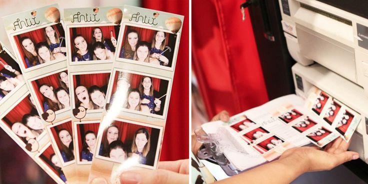 Cabine de fotos - Fotos podem ser impressas e dadas como lembrança.