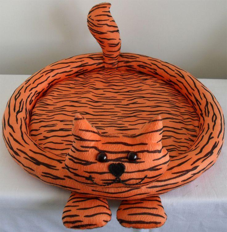 ORIGINAL DESIGN - 'CROOZIE' CAT BED - ORANGE TIGER   Felt