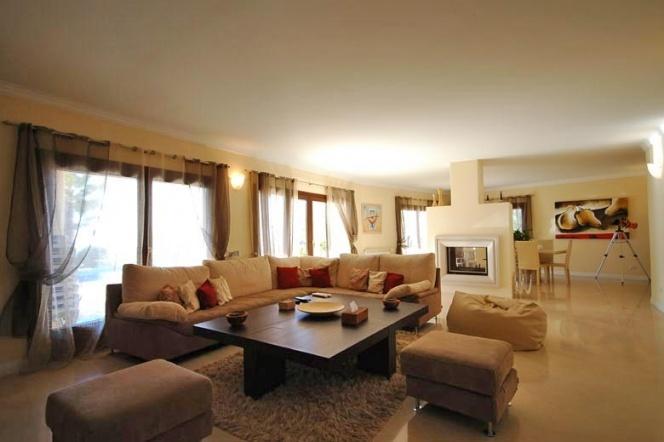 Raposeiras 18, Bordeira - Villas - Poolside Villas - Luxury Holiday accommodation in The Algarve Portugal