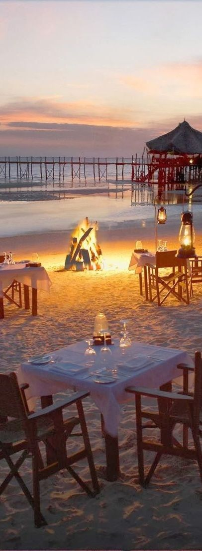 Summer million star dining aglow with the dance of light and heart...