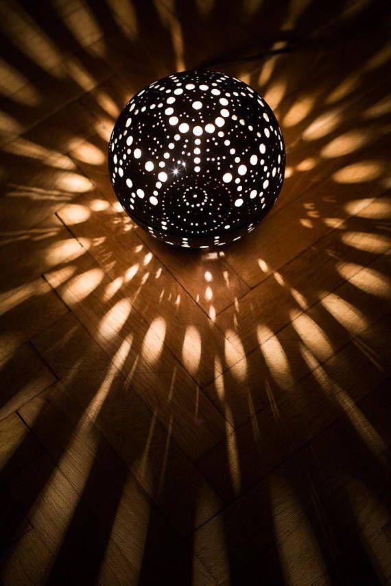 25 einzigartige todesstern lampe ideen auf pinterest ikea star wars lampe star wars death. Black Bedroom Furniture Sets. Home Design Ideas