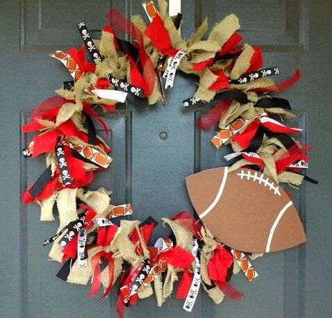 12 best images about volleyball craft ideas on pinterest for Cheerleading arts and crafts