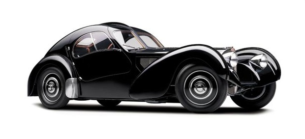 """A coleção de carros de Ralph Lauren com relíquias como: Bugatti, Alfa Romeo, Bentley, Mercedes-Benz, Jaguar, Aston Martin, Porche e Ferrari, lembra-nos o refrão """"I Wanna Be a Billionaire So Fricking Bad"""". Lê o artigo completo em http://nstyle.pt/lifestyle/gadgets/a-colecao-de-carros-de-ralph-lauren/"""
