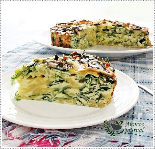 Creamy Parmesan + Spinach Egg Noodle Cake