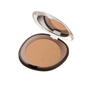 Aplique el producto con una esponja o pincel sobre el rostro, esparciendo uniformemente.