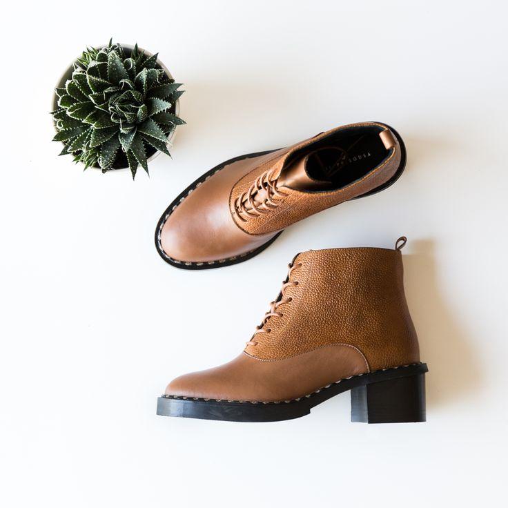 Dita a tendência da estação! #eurekashoes #filiesousa #boots #fw15 #velvet