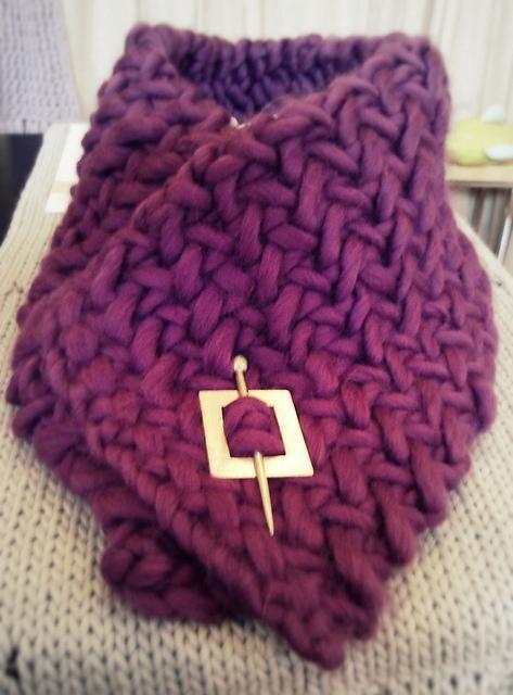 Knitting: Herringbone Neckwarmer