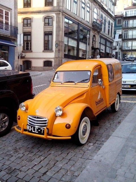 496 best citroen 2cv images on pinterest vintage cars for Garage top car marseille