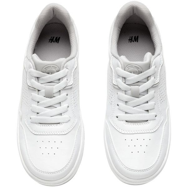 H&M Sneakers $17.99 ($18) ❤ liked on Polyvore featuring shoes, sneakers, h&m sneakers, white sneakers, white shoes, lace up shoes and cushioned shoes