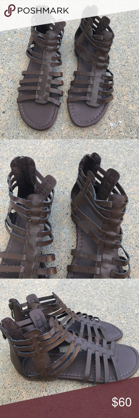NEW size 7 brown Maurice's gladiator sandals NEW size 7 brown Maurice's gladiator sandals Maurices Shoes Sandals