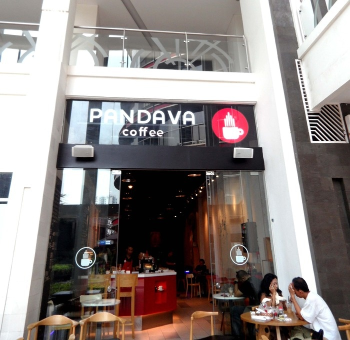 Pandava Coffee at Epicentrum Mall Jakarta. It iss one of the coffee shop that sells third-wave coffee.