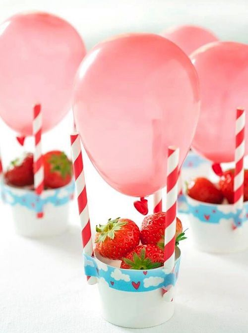 10 x DE LEUKSTE GEZONDE TRAKTATIES aardbeien verjaardag bwllon