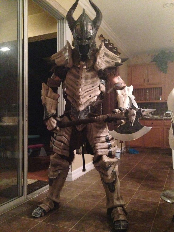 Skyrim Dragonbone Armour via reddit user MakeMeASteak