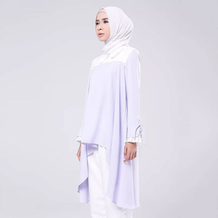 Enjoy our 20% OFF discount only at www.hijup.com. (Limited Time). http://ift.tt/2sjWfei . --------------------------------- In Frame : Ion Top in Lavender . ---------------------------------- . #fashion #hijab #tunic #bandung #localbrandindonesia  #top #ramadhan #kaftan #hijup #myhijup