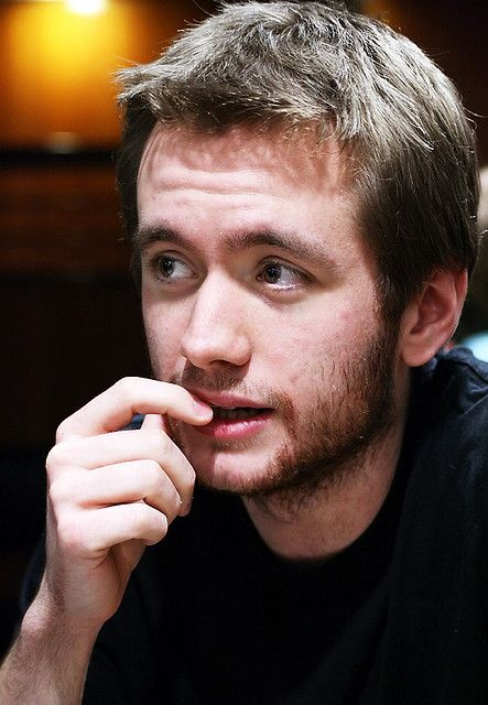 Sean Biggerstaff <3 AKA Oliver wood in harry potter