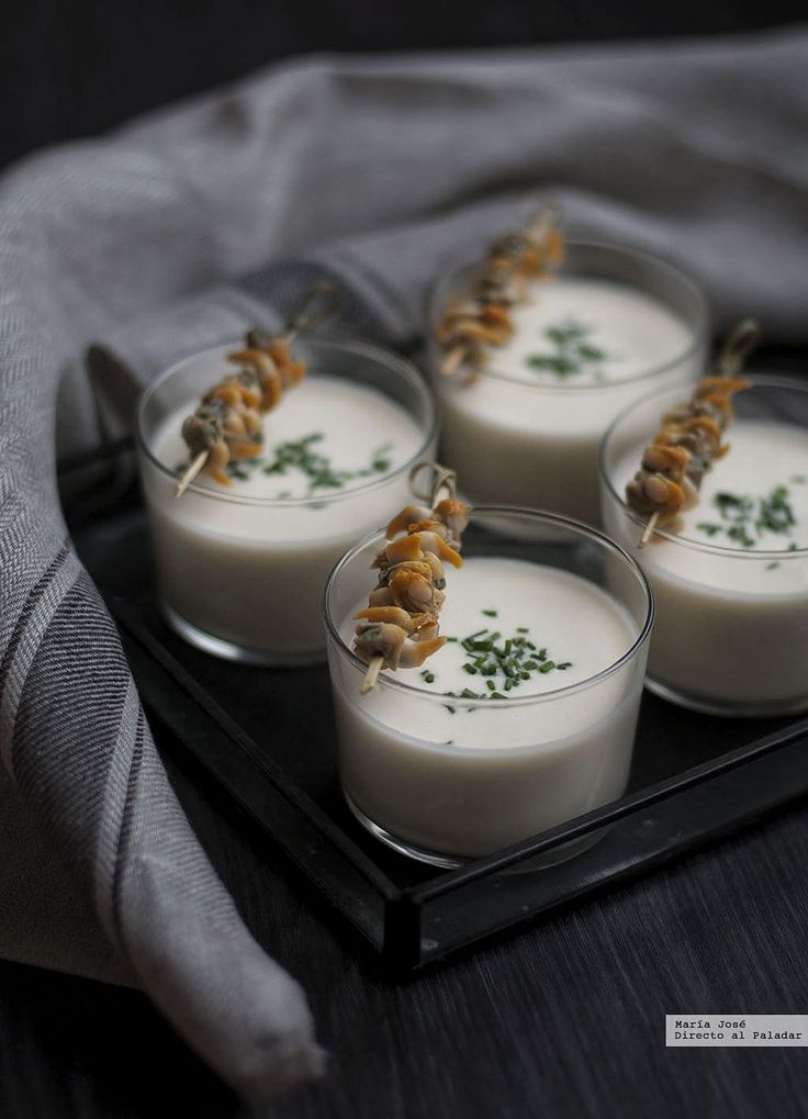 Te explicamos paso a paso, de manera sencilla, la receta de nombre Crema tibia de espárragos con berberechos. Ingredientes, tiempo de elaboración