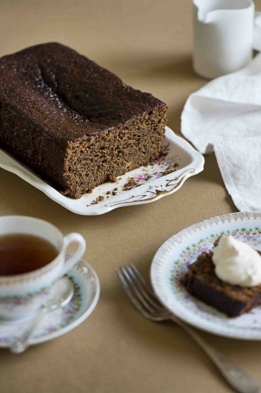 Gingerbread cake for Style and Focus blog