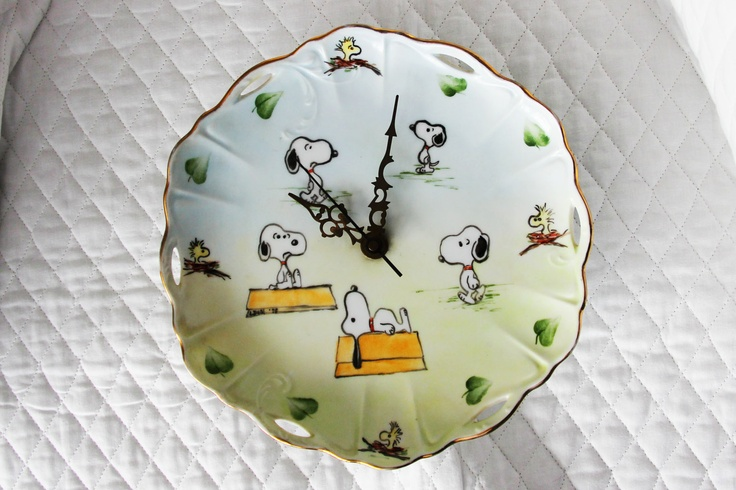 Craft - Glass Plate Snoopy Battery Clock Peanuts Gang Woodstock Charlie Brown