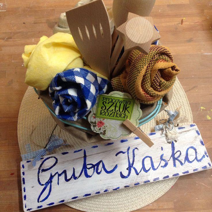 A.Matusik- bukiet kuchenny i drewniana tabliczka dla zaprzyjaźnionego Baru:)