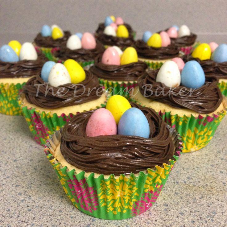 The Dream Baker...: Easter Cupcakes