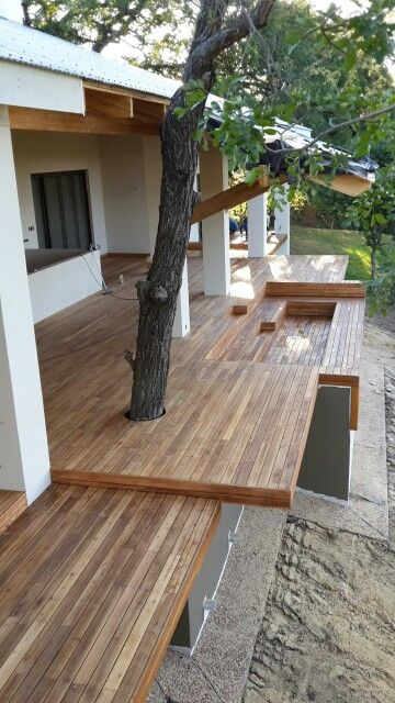 Cluziana deck in the Klaserie. Done by Decks and things