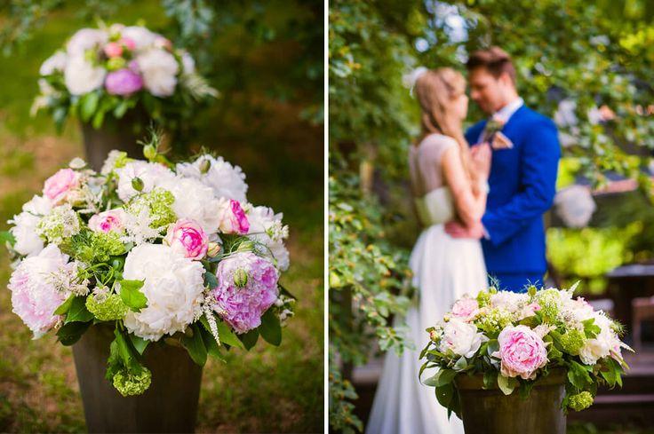 Garden of Love - inspiration for outdoor ceremony I Ogród Miłości – zaślubiny w ogrodzie #bride #groom #palace #wedding #garden #ceremony #outdoor #peonies #weddingdress #pannamłoda #panmłody #zaślubiny #ogród #ślub #wesele #pałac #powiedztak #ido #weddingdecor #dekoracjeślubne