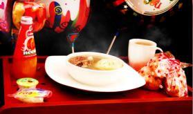 Desayono Sorpresa Con Chef a domicilio en Bogotá de CHEFSORPRESA.COM | CALDITO DE COSTILLA: MAGNO MAGRO Disfruta de nuestro típico caldito de costilla, preparado por nuestro chef directamente en el domicilio del homenajeado/a. #DesayunoSorpresa #DesayunosSorpresa #Bogotá