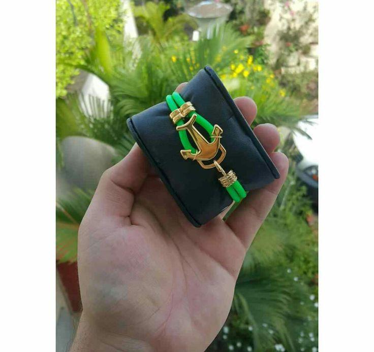 ✧Hermosas manillas en cuero con decoraciones en acero, también artesanales ✧👑💕