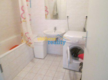 http://www.oblibenereality.cz/reality/prodej-byt-2-kk-52-97-m2-praha-letnany-2899