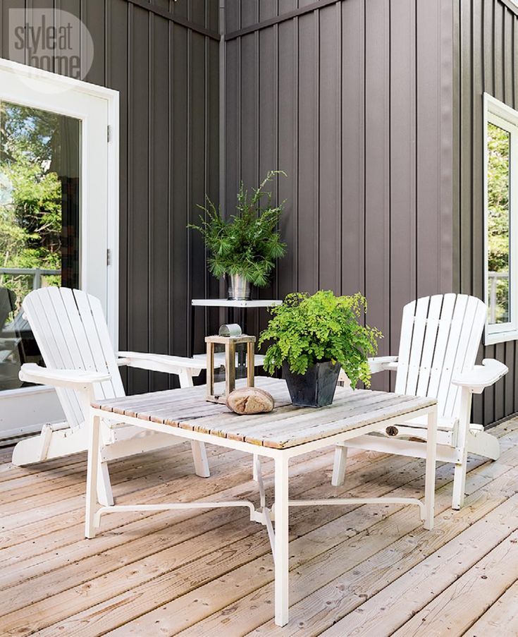 Cottage Style Deck Design