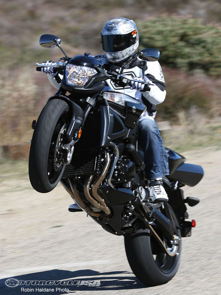 42 best suzuki b king images on pinterest biking motorbikes and motors. Black Bedroom Furniture Sets. Home Design Ideas